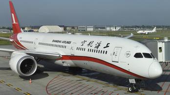 Felfüggeszti több budapesti járatát az egyik kínai légitársaság