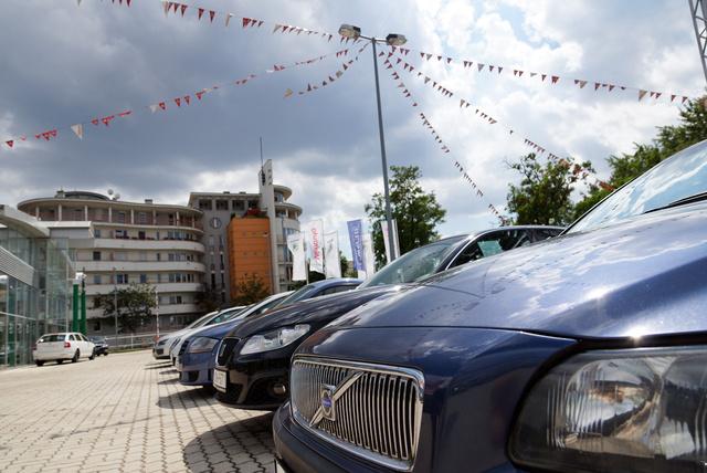 Telepi társaságban: a Volvót 2,2-ért árulják, szinte elérhető autó, értéke javát már elveszítették az előző tulajok
