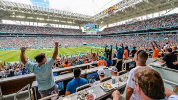 A legdrágább hely 230 millió forint a Super Bowlra