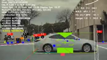 Megmutatta a Tesla, hogy mit lát az önvezető kamerája