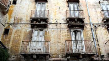 Olaszországban már egy város is egyeurós házakat kínálgat
