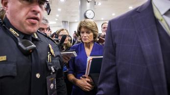 Impeachment: elbukott a demokraták terve, nem hallgatnak meg új tanúkat