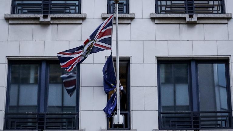 Véget ért az utolsó nap: a britek kiléptek az EU-ból