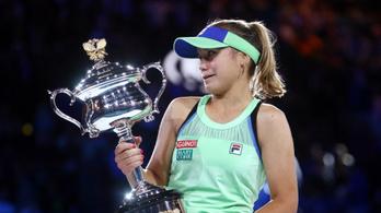 A 21 éves amerikai először jutott Grand Slam-döntőbe, megnyerte az AusOpent