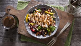 Így könnyű egészségesen élni: bruschettacsirke fűszeres cukkinitésztával