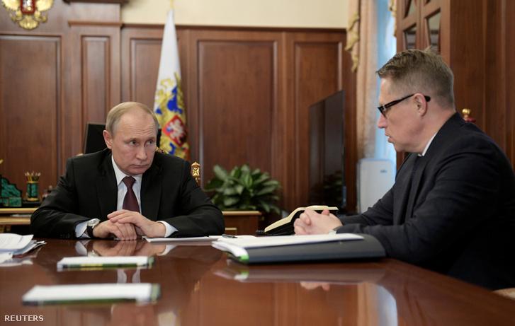 Vlagyimir Putyin megbeszélése Mihail Muraskó, orosz egészségügyi miniszterrel a koronavírus terjedésének megelőzéséről Moszkvában 2020. január 29-én