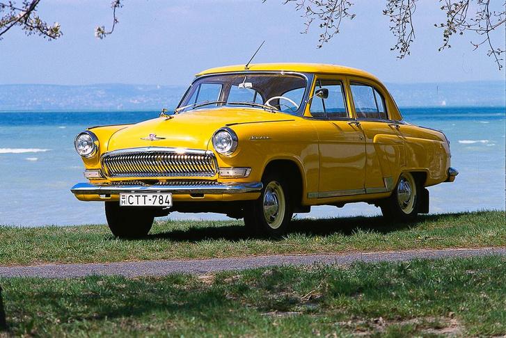Jó autó, kopóalkatrészt még lehet is hozzá venni, de drága is az M-21-es Volga