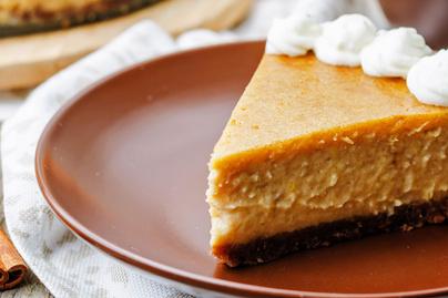 Sütőtökös sajttorta: habkönnyű, fűszeres téli finomság
