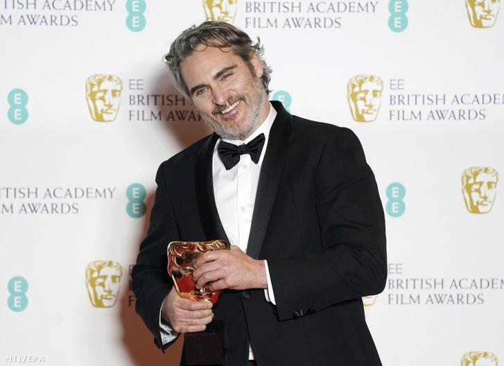 Joaquin Phoenix a díjával