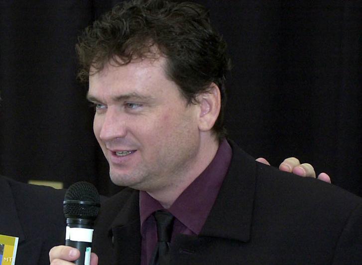 Klivinyi Zoltán a Penthouse Magyarország lapindító sajtótájékoztatóján 2002. szepetmber 23-án