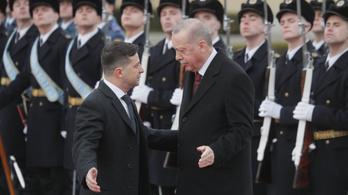 Erdoğan: A Krím-félsziget nem Oroszországé