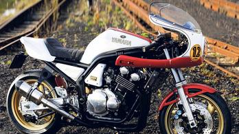 Café racer kit a Yamaha FZS600-hoz