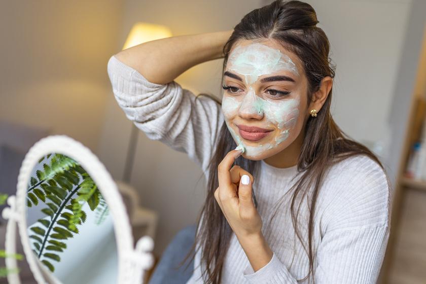 A neten hatásos szépségtrükként ajánlják, pedig igen káros: 5 kence, amit soha ne használj az arcodra
