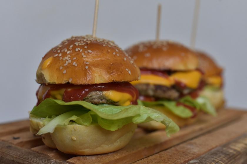 hamburger cikkbe