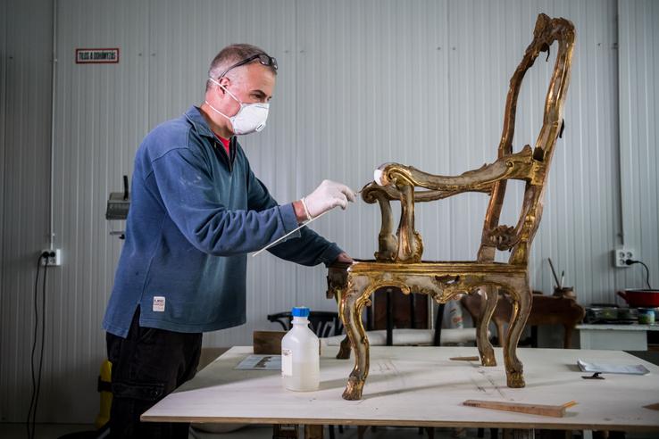 Az IMM rokokó karosszéke 1700 és 1720 között készülhetett Velencében.