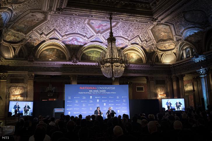 Orbán Viktor miniszterelnök a Nemzeti Konzervativizmus című konferencián, Rómában.