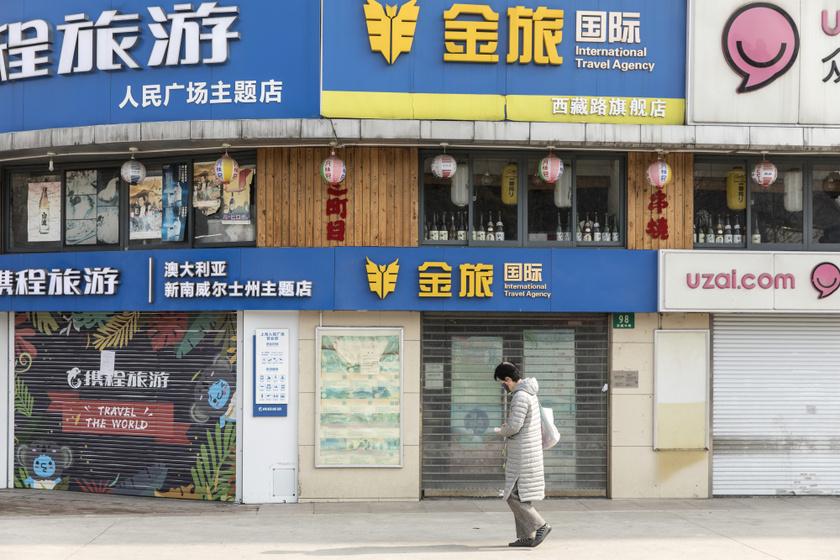 üzletek-zárva
