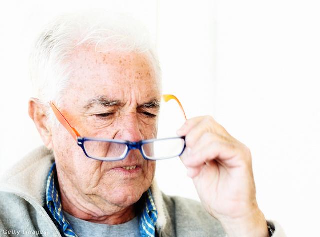 mit kell inni látásvesztés esetén