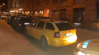 Órapörgetős taxist fogtak a bulinegyedben