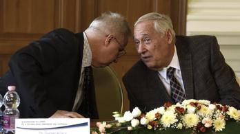 Meghalt Sárközy Tamás, a legendás jogászprofesszor