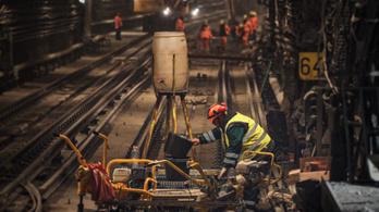 Üldözik a vizet, ez a metrófelújítás legnehezebb feladata