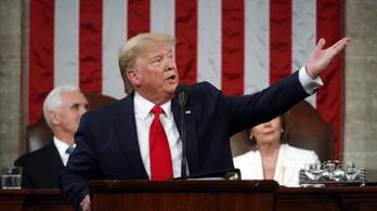 Impeachment: felmentette Donald Trumpot az amerikai szenátus