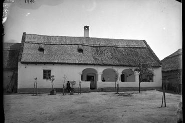 Kővágóörsi ház, 1895, Jankó János felvétele