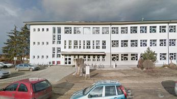 A mintaiskolának nevezett nagyecsedi iskola is szegregál