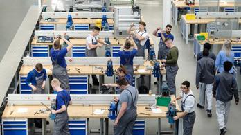 Többet költöttek integrációra a németek: a menekültek fele 5 éven belül stabil állást talál