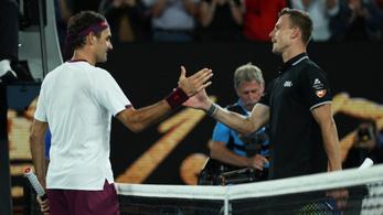 Federerről másolja új szerváját Fucsovics