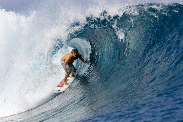 Szörfös Tahitin