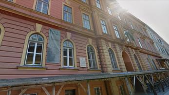 Egy pécsi gimnázium magyartanárai nyíltan fellázadtak az új Nemzeti alaptanterv ellen