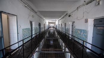 A Kozma utcai őrség elkobozta a füvet a raboktól, fogolyzendülés lett a vége