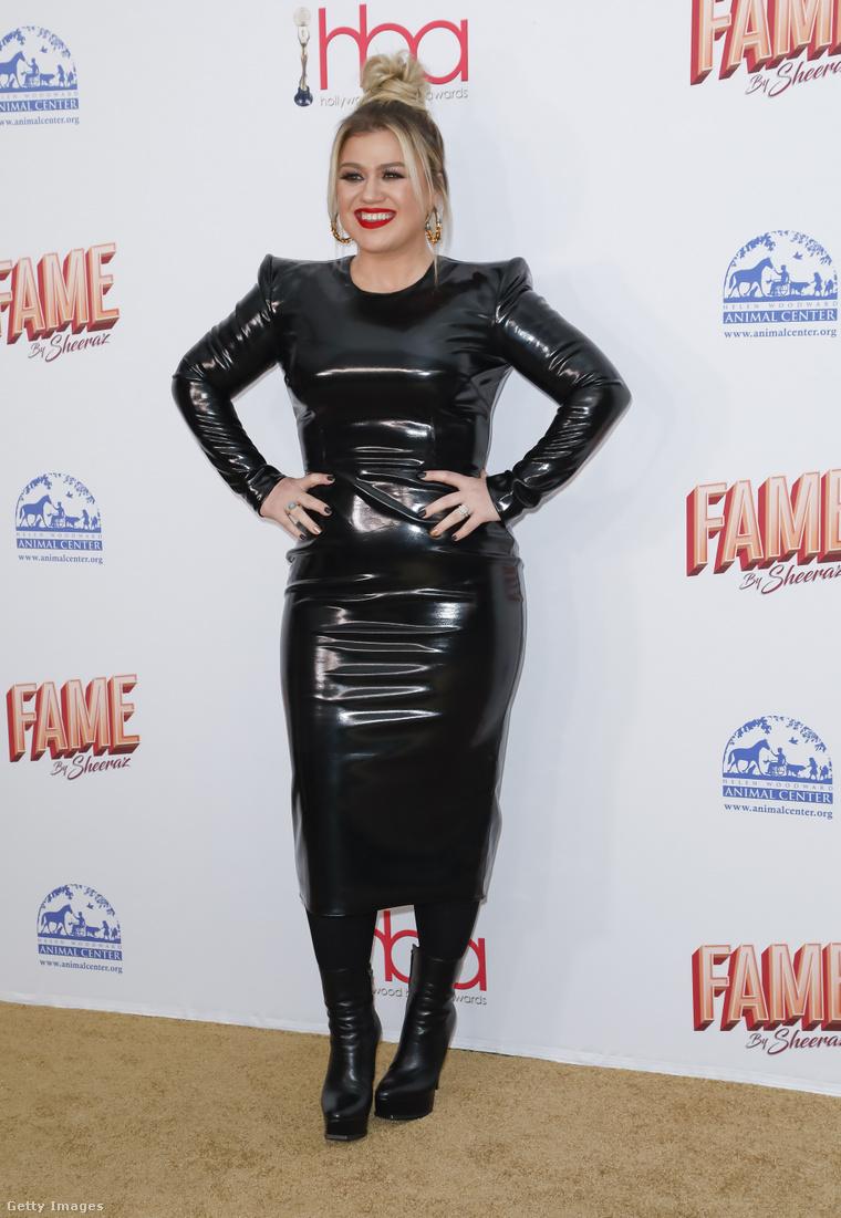 2020 februárja, a Hollywood Beauty Awards vörös szőnyegén, Los Angelesben