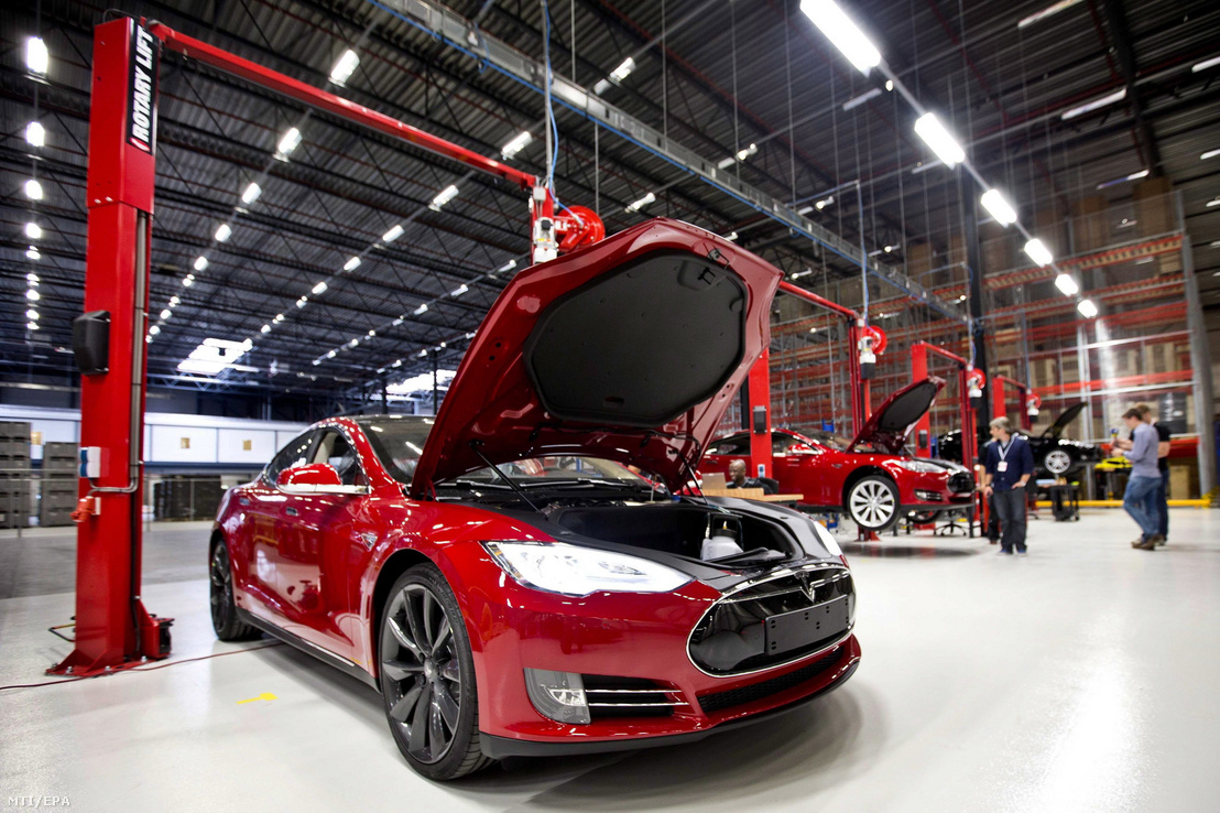 A Tesla Motors hollandiai gyára Tilburgban