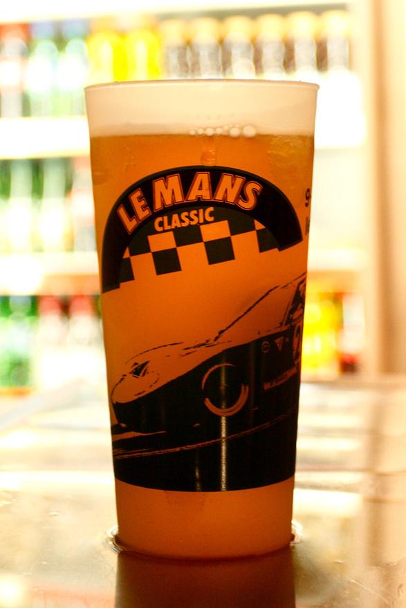 Sok és jó sört mértek. A pohár két évvel ezelőttről maradt