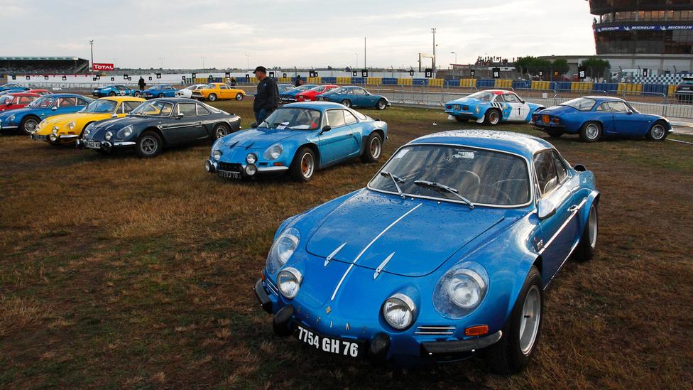 Háromszáznál is több Renault Alpine jött el