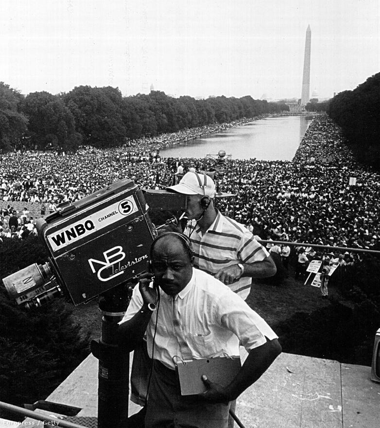 1963. augusztus 28. A nagy washingtoni emberi jogi tömegtüntetésről élő adást sugároztak a tévétársaságok Európába a Telstar-II segítségével.