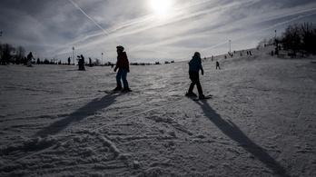 Törölték Magyarország első nemzetközi síversenyét