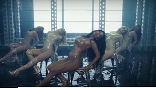 A Pussycat Dolls új videoklipje nettó mellrázásból és előjátéknak is beillő lábtátásból áll