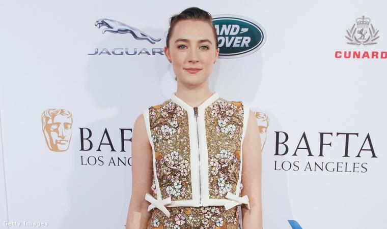 2. Saoirse Ronan a BAFTA Los Angeles-i eseményén a Golden Globe-kiosztó előesetéjén.