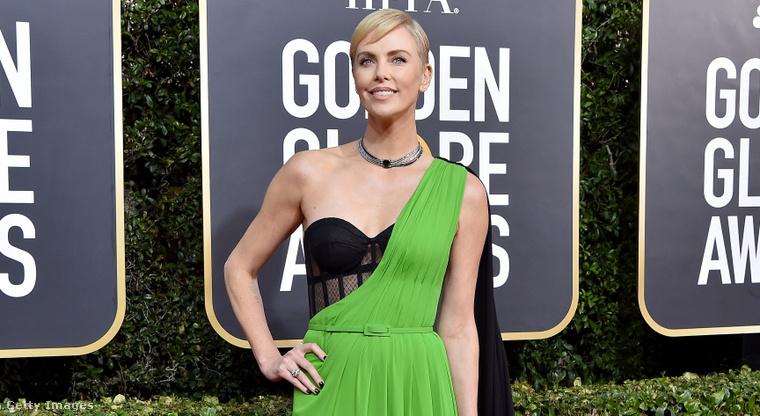 3. Charlize Theron is ott volt természetesen a Golden Globe-on.