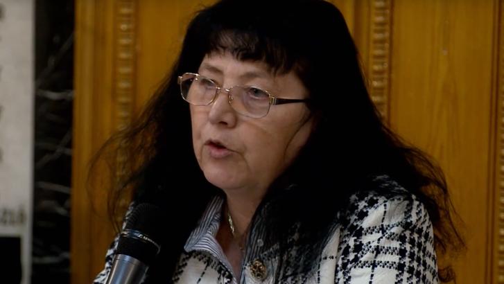 Dr. Kadlót Erzsébet. Forrás: Ügyvédekkel a Demokratikus Jogállamért Egyesület