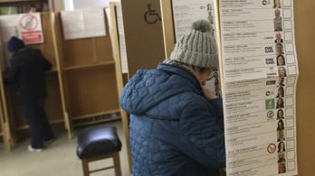 Ír választások: a két nagy pártnak lesz esélye kormányt alakítani