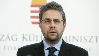 Gyermekpornográfiába bukott bele a perui magyar nagykövet