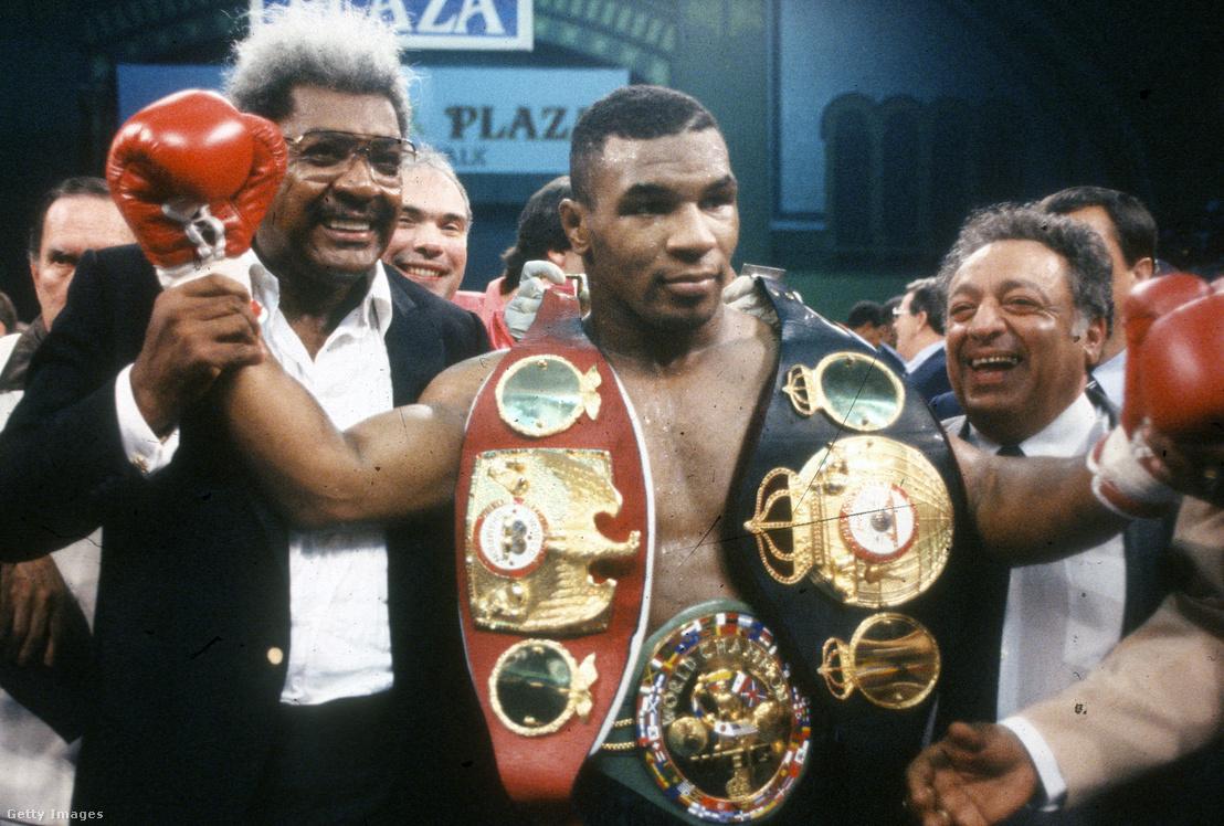 Mike Tyson 1989-ben, a világ csúcsán, Carl Williams legyőzése után
