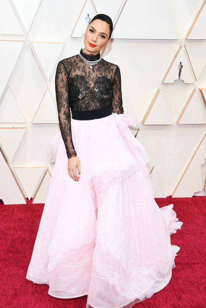 A gyönyörűséges Gal Gadot-val búcsúzunk az idei Oscartól!