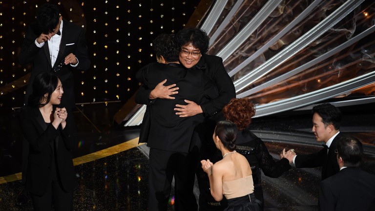 Az Élősködők lett a legjobb film, Phoenix és Zellweger a legjobb színészek