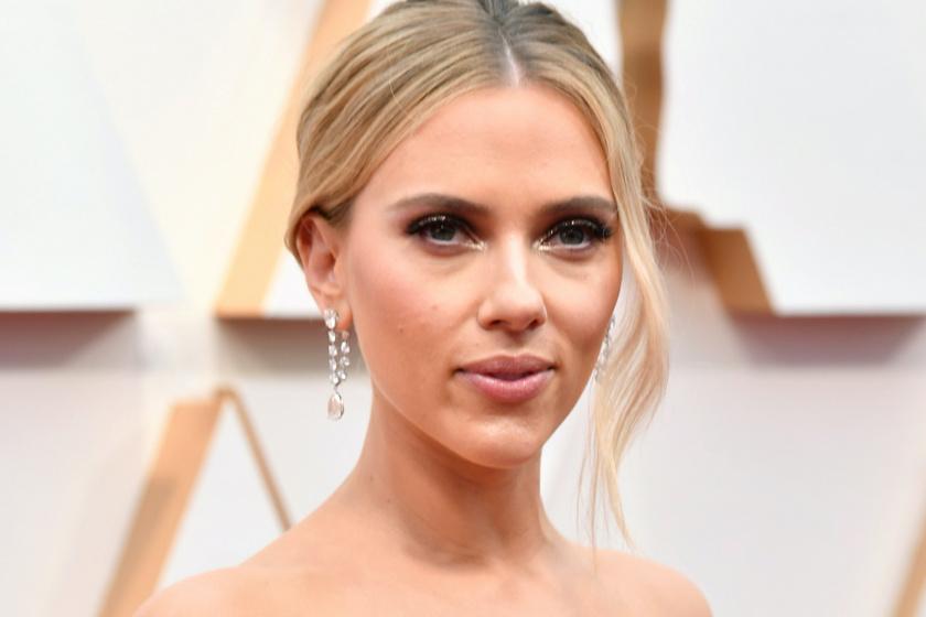 Scarlett Johansson ezüst estélyiben tündökölt az Oscaron - Íme, a gála legszebb ruhái