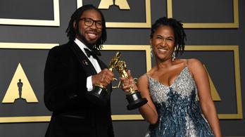 Korábbi NFL-es írt történelmet az Oscar-díjával